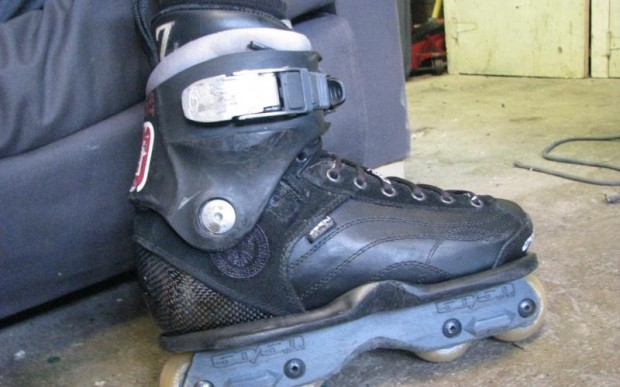 Carbon skate with salomon cuff